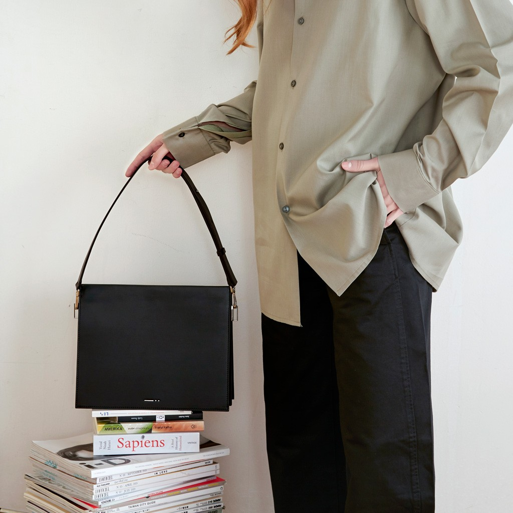 shoulder bag black leather