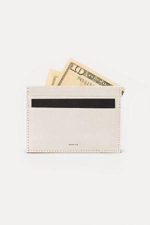 DA08 กระเป๋าบัตร dash. สีเทา ทำจากหนัง